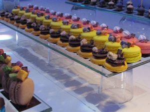 מקרונים מעוצבים של מירל שוקולד וקונדטוריית בוטיק MIREL