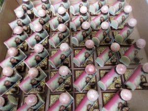 פטיפורים ממותגים של מירל שוקולד וקונדטוריית בוטיק MIREL