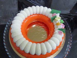 עוגות מוס ויטרינה ראוה לימי הולדת ושמחות יוקרתיות של מירל שוקולש MIREL